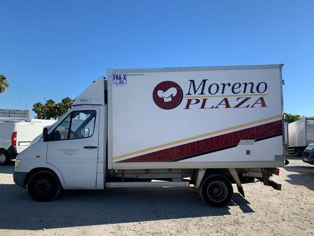 CAMION FRIGORIFICO MERCEDES SPRINTER 412 - foto 7