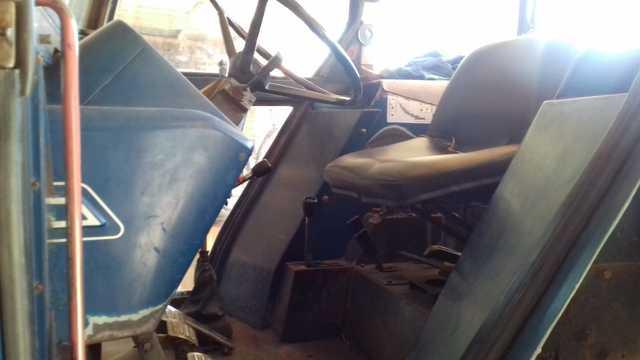 TRACTOR EBRO 6100 - Y APEROS - foto 5