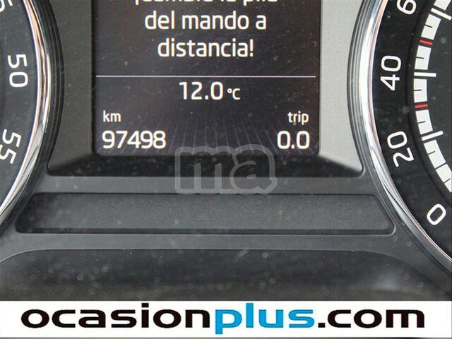 SKODA - OCTAVIA 2. 0 TDI CR 184CV DSG RS - foto 6