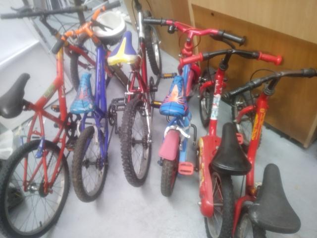 Lote De Bicicletas De Niños