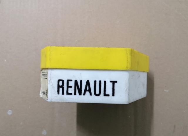 CAJA DE BOMBILLAS DE RENAULT - foto 2