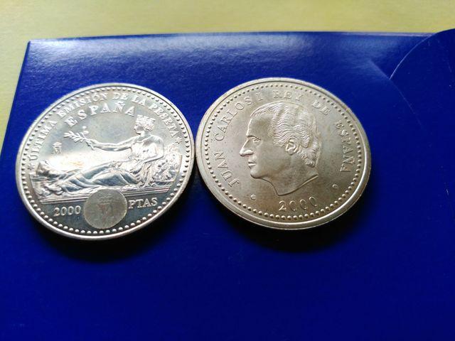 Monedas De 2000 Ptas.Años,2000 Y 2001