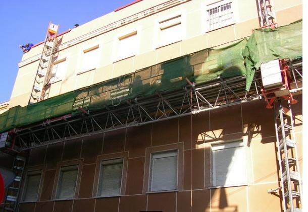 ANDAMIO ELÉCTRICO MOTORIZADO - foto 1