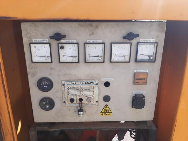 GRUPO ELECTROGENO - foto 4