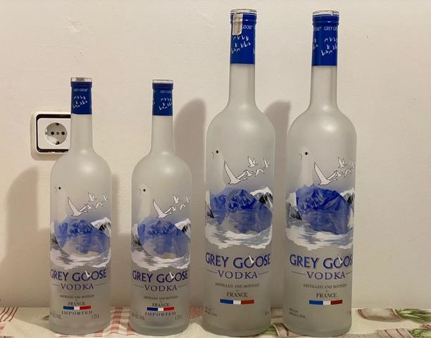 Mil Anuncios Com Botellas Vacías Grey Goose
