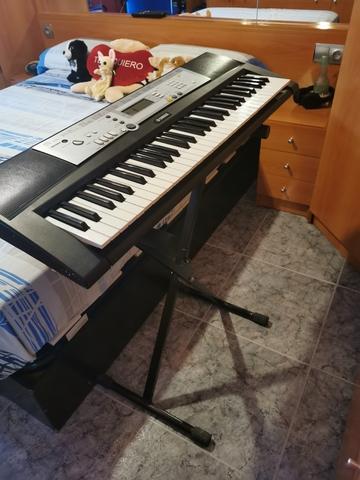 PIANO YAMAHA - foto 3
