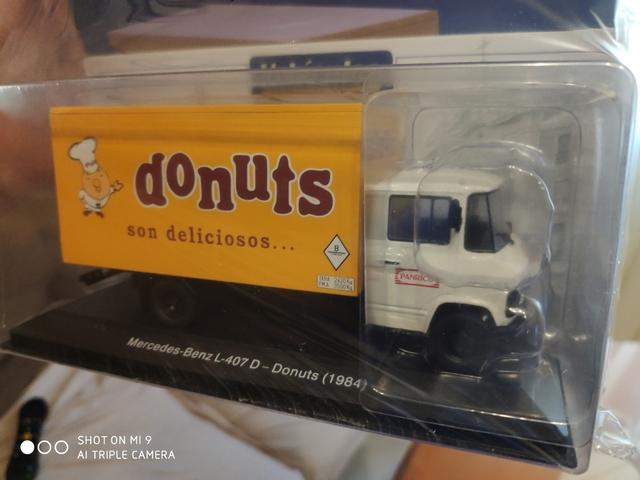 Mercedes L 407 D Donuts 1:43