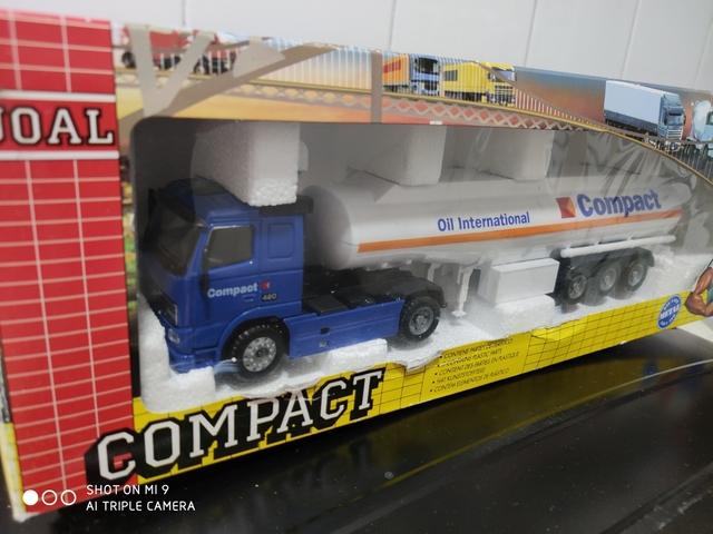 Camion Volvo Joal 1:50