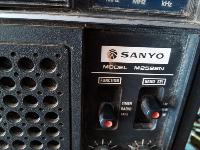 RADIO CASETTE SANYO - foto 2