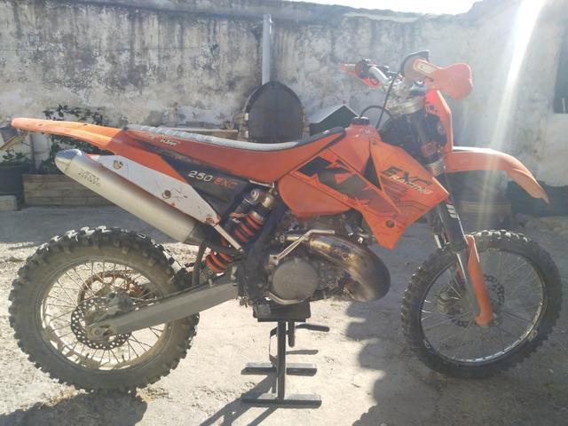 KTM - EXC 250 2T - foto 3