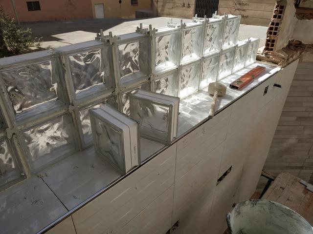 CONSTRUCCIÓNES Y REFORMAS - foto 8