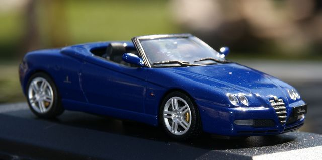 Alfa Romeo Spider Azul Escala 1:43 De Mi