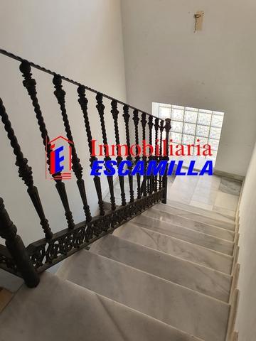 TRIPLEX ESPECTACULAR EN BUENA ZONA - foto 6