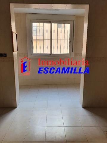 TRIPLEX ESPECTACULAR EN BUENA ZONA - foto 8