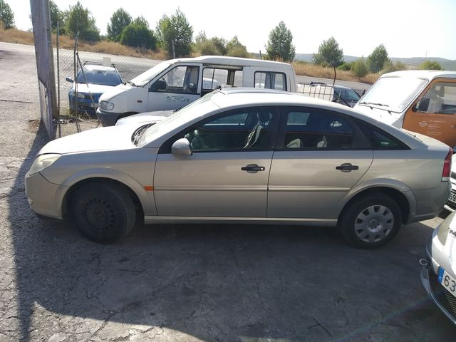 DESPIECE VECTRA C BERLINA 125 CV 2003 - foto 1