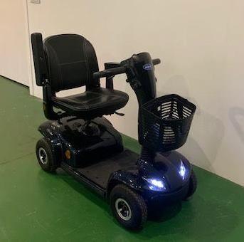 anuncio dron pastor silla de ruedas