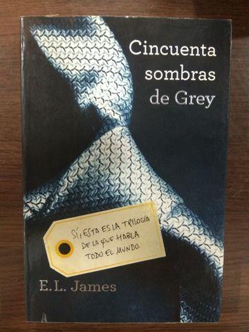 """TRILOGÍA DE """"50 SOMBRAS DE GREY"""" - foto 3"""