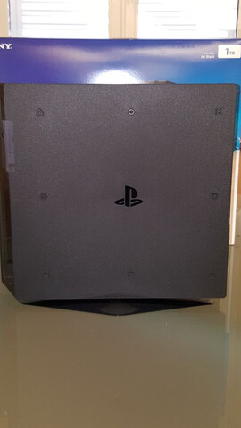SONY PS4 PRO 1TB + ACCESORIOS + JUEGOS.  - foto 5