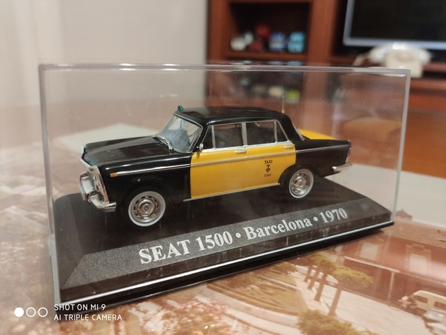Seat 1500 Taxi Barcelona 1/43