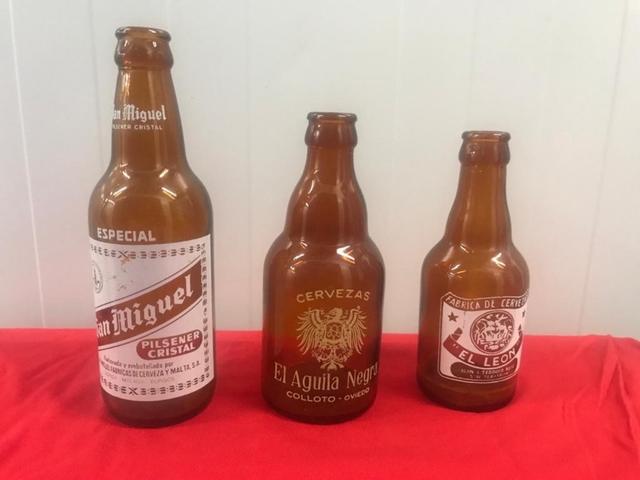 Botellas Antiguas De Cerveza Y Refrescos