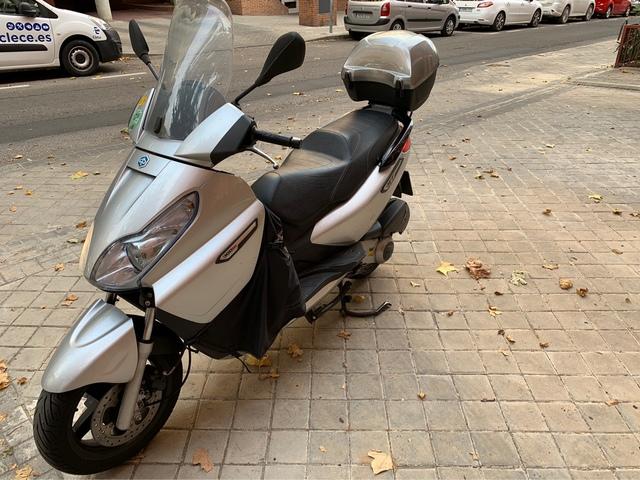 PIAGGIO - X7 EVO 300IE - foto 9