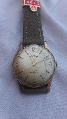 Reloj Dogma Caballero
