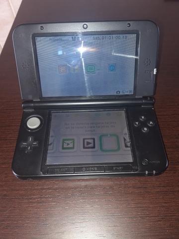 VENDO NINTENDO 3DS XL - foto 2