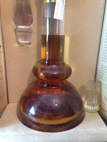 Lote 103 Botellas, Whisky, Brandy, Etc
