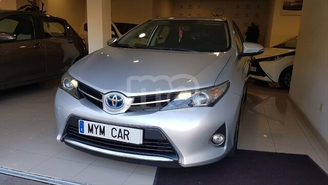 TOYOTA - AURIS HYBRID ADVANCE TOURING SPORTS - foto 2