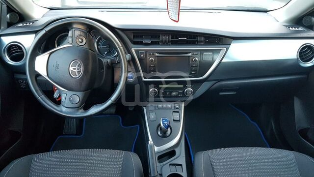 TOYOTA - AURIS HYBRID ADVANCE TOURING SPORTS - foto 3