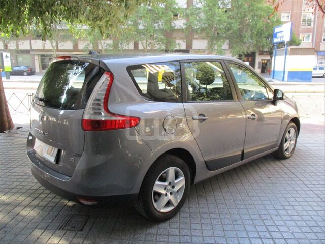RENAULT - GRAND SCENIC DYNAMIQUE ENERGY DCI 110 ECO2 5P - foto 3