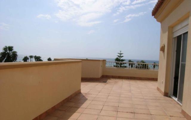 VILLA ROMANO BEACH FRONTAL - foto 9