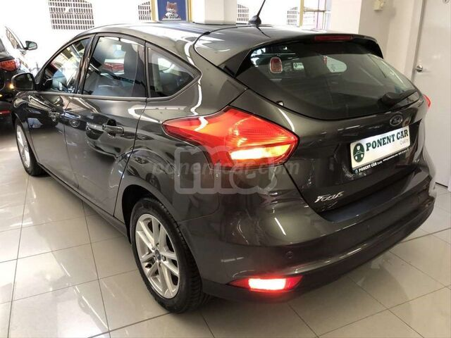 FORD - FOCUS 1. 5 TDCI 88KW BUSINESS - foto 4