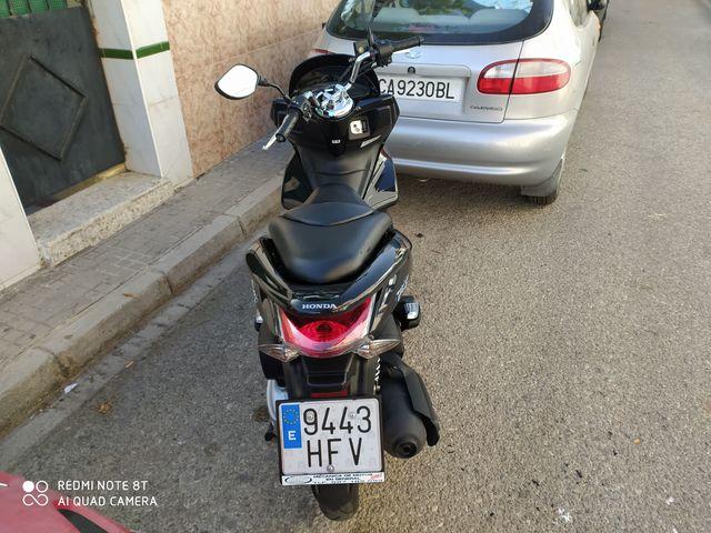 VENDO HONDA PCX - foto 5