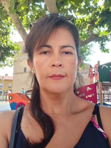 BUSCO EMPLEO COMO ASISTENTA DE HOGAR - foto 1