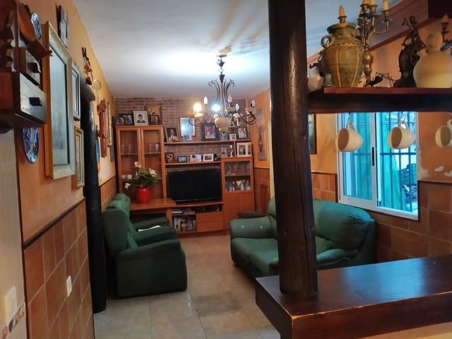 CASA DE PLANTA BAJA - foto 2