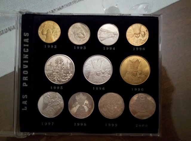Colección De Medallas De La Mare De Déu