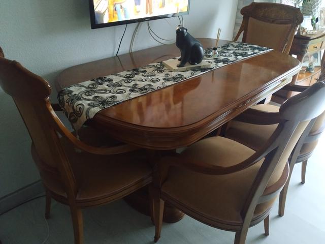 Mesa comedor caoba extensible de segunda mano por 150 € en