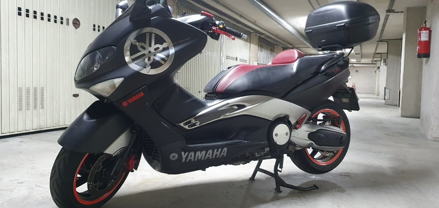 YAMAHA - TMAX BLACKMAX - foto 8