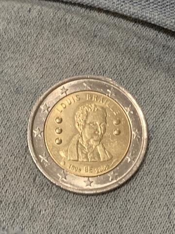 Moneda 2  Louis Braille