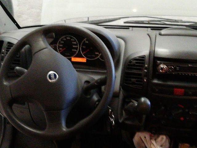 SÚN LIVING - AUTO CARAVANA - foto 5