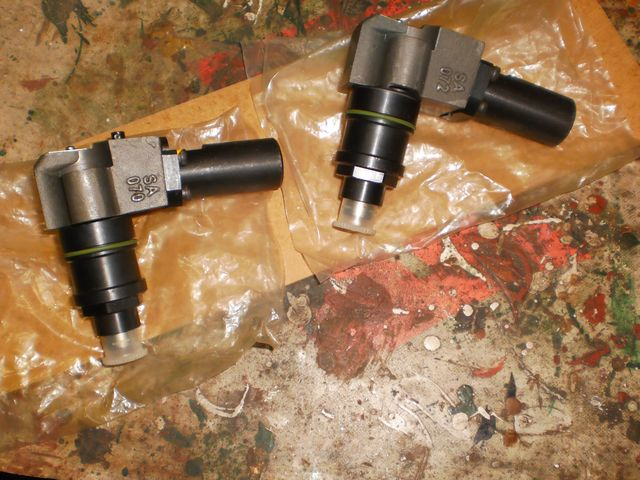 2 INYECTORES BOMBA - foto 1
