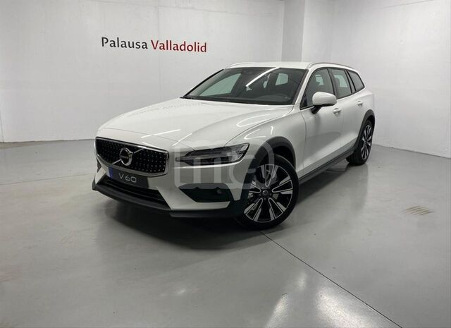 VOLVO - V60 CROSS COUNTRY 2. 0 D4 AWD CROSS COUNTRY AUTO - foto 1