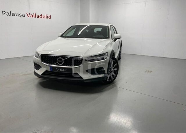 VOLVO - V60 CROSS COUNTRY 2. 0 D4 AWD CROSS COUNTRY AUTO - foto 2