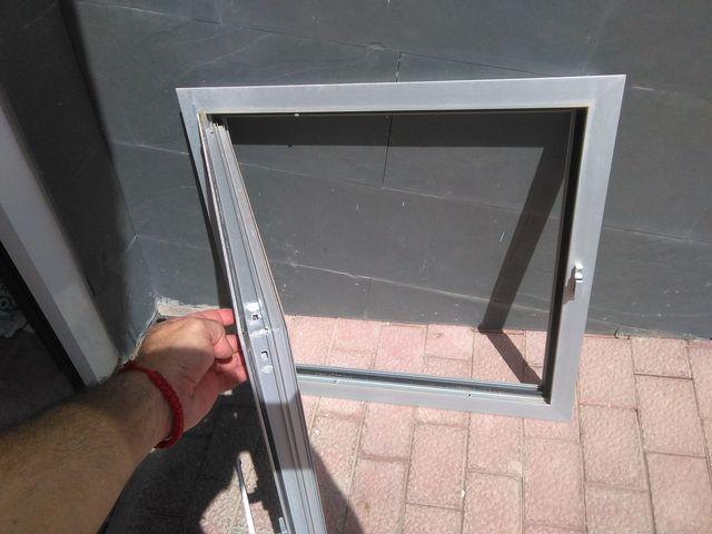 Puertas De Aluminio Con Apertura Manual