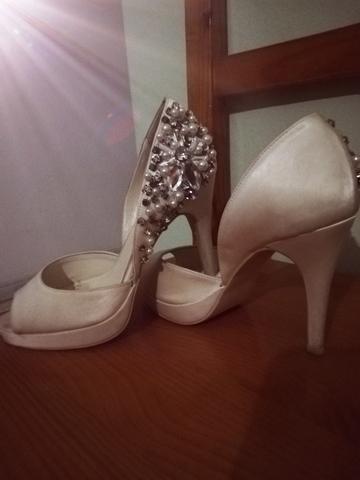 Estereotipo La base de datos histórico  MIL ANUNCIOS.COM - Zapatos de novia con pedrería swarovski