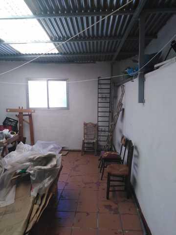 VENTA DE CASA DE TRES PLANTAS - foto 1