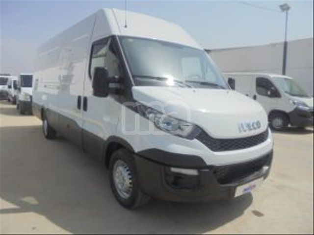 IVECO - DAILY 35S 13 V 3520LH2 - foto 2