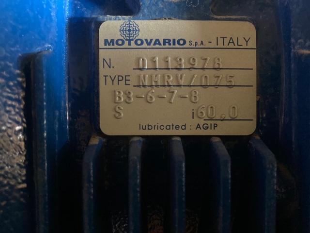 MOTORREDUCOTORES 0, 55KW, REDUCTOR NMRV075 - foto 3