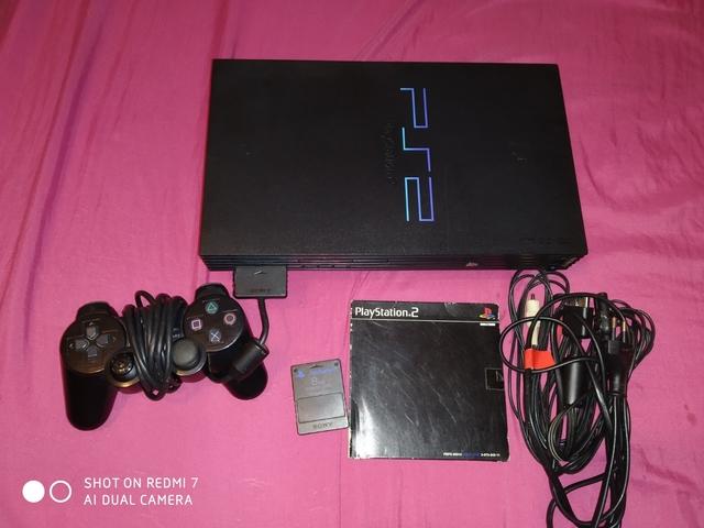 PLAYSTATION 2 - foto 1